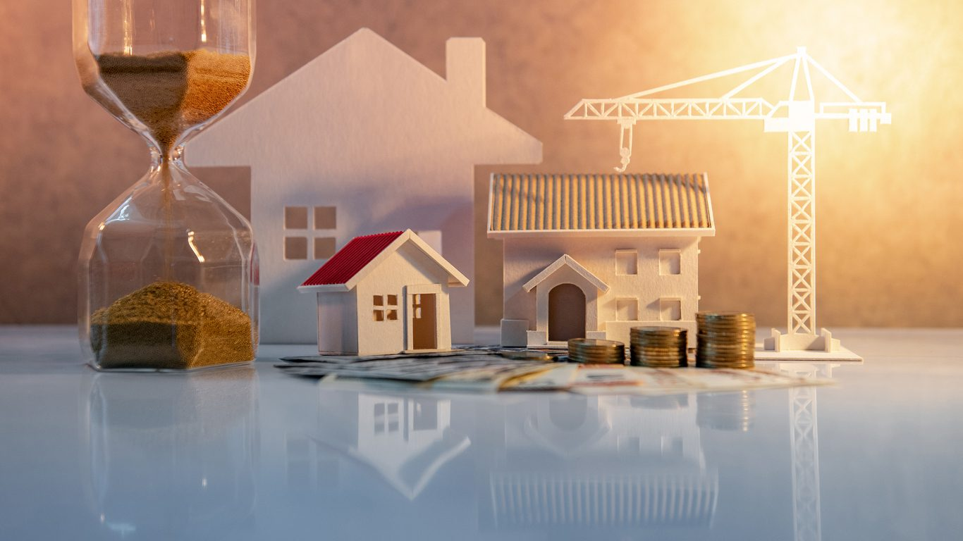 How does coronavirus feature in the 18-year property cycle?